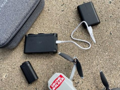 『Mavic Mini(マビックミニ)』はバッテリー3つ+充電器があれば飛行中に充電